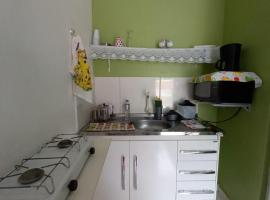 KIT 3 SOLTEIROS, budget hotel in Arraial do Cabo