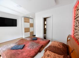 CASA AX PREMIUM FREE PARKING, apartment in Maribor