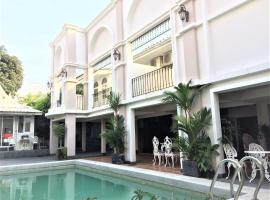 Wong Amat House, hotel near The Sanctuary of Truth, North Pattaya