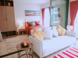 Hua Hin La Casita Beautiful Two Bedroom Condo With Great Views, apartment in Hua Hin