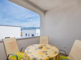 Apartment Rudika, pet-friendly hotel in Klimno