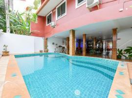 Sun & Beach, hotel in Pattaya South