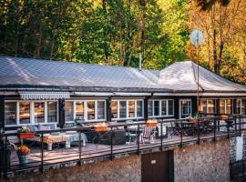 Dom Nad Jeziorem I SŁONECZNA – hotel w Zagórzu Śląskim