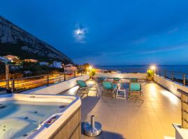 Vila Petra, hotel with jacuzzis in Makarska