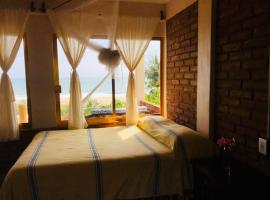 Ananda Guest House, hotel in Puerto Escondido