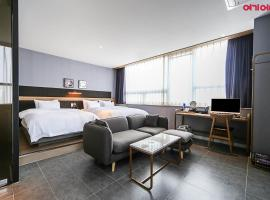 No.25 Hotel Myeongji West Branch, motel in Busan