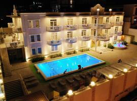Hotel Silvia, отель в Сукко