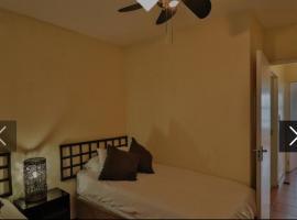 83 The shades, cheap hotel in Durban