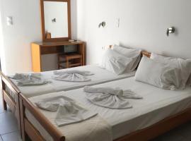 Marakis, accessible hotel in Plataniás