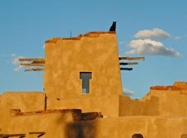 Canyon Of The Ancients Guest Ranch, hotel in Cortez