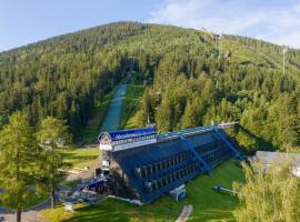 Hotel Skicentrum, hotel near Kamienczyka Waterfall, Harrachov