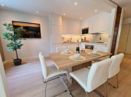 Modern 85 m2 Apartment Near City Center, Fully Equipped, Perfect For Families And Business Trips, feriebolig i Stavanger