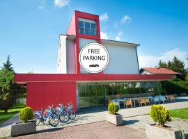 Simbol Rooms with free private parking, hostel in Ljubljana