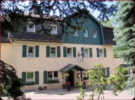 Zur Edlen Krone, hôtel à Neuhausen