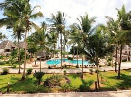 Paradise Beach Resort - All Inclusive, hotel in Uroa