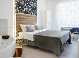 Atena Rooms, hotel with jacuzzis in Cagliari