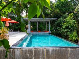 Padel Phangan Suite, hotel near Chaloklum Bay, Chaloklum