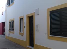 CASA DA ERCÍLIA by Stay in Alentejo., B&B in Vila Nova de Milfontes