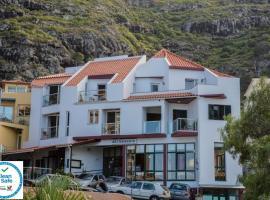 Residencial Familia, hotel in Machico