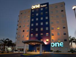 One Monterrey Aeropuerto, отель в городе Монтеррей