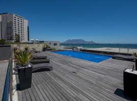 Infinity 607 (Sea and Mountain View), self-catering accommodation in Cape Town