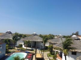 Residência Europa, hotel with pools in Luis Correia