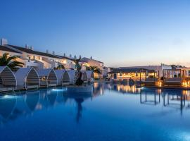 Lago Resort Menorca - Casas del Lago Adults Only, hotel in Cala en Bosc
