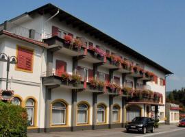 Hotel Velden Bacherlwirt, hotel in Velden am Wörthersee