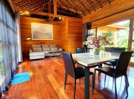 villa Sukhothai by Eden villa Phuket, hotel in Phuket