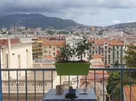 Chambre convivial au Soleil Levant, B&B in Nice