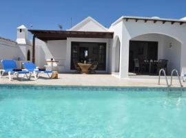 incredible villa next to promenade and old town, vacation home in Mácher