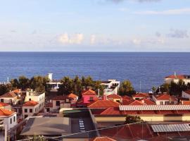 Three House Hotel, hotel cerca de Museo de Arte Sacra, Funchal