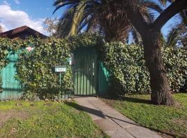 Hostal Los Abuelos, habitación en casa particular en Santiago