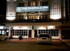 The Emerald Inn, guest house in Palembang