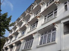 Hotel Taktsang Darjeeling, hotel in Darjeeling