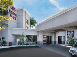 Crowne Plaza Costa Mesa Orange County, hotel near John Wayne Airport - SNA,