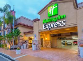 Holiday Inn Express San Diego - Sea World Area, an IHG Hotel, hotel near SeaWorld San Diego, San Diego