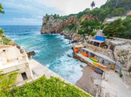 Apartment Korta - Home on the beach and on the edge of Old Town, hotel in Dubrovnik