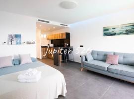 BENALMADENA-COSTA ESTUDIO JUPITER, lägenhet i Benalmádena