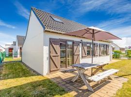 Lovely Holiday Home in De Haan near Sea Beach, vakantiehuis in De Haan