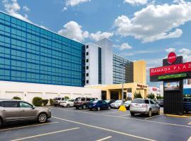 Ramada Plaza by Wyndham Virginia Beach, hotel in Virginia Beach