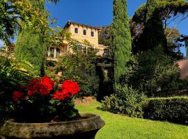 Villa Mallorca, hotel near Martha Cove Harbour, Mount Martha