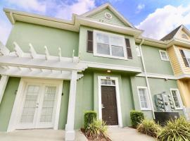 Superb Value Resort Townhome Near Shopping, hotel in Kissimmee