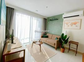 OPAHOME@ Timurbay Seafront Residence 2BR Family suite Seaview and Poolview, apartment in Kuantan