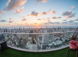 The highest apartment in tel Aviv city, מלון בתל אביב