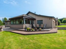 Woodside of Glasslaw, vacation home in Stonehaven