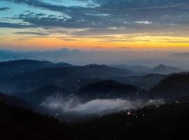 Curve Villa Valley View, self catering accommodation in Shimla
