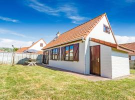 Serene Holiday Home in De Haan near Sea Beach, vakantiehuis in De Haan