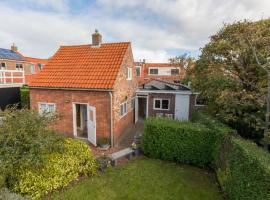 Pleasant holiday home in Domburg at 100 meters from the beach, Ferienhaus in Domburg