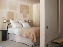 Studio Penelope Hometel, self catering accommodation in Antwerp